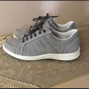 Mephisto HERO PERF nubuck grey shoes sz.8 $58
